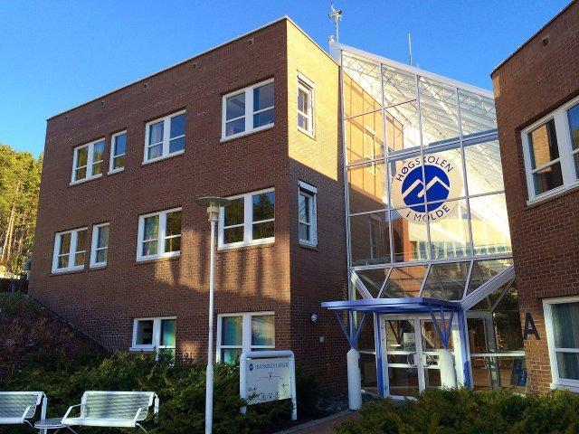 Høgskolen I Molde 14012522156